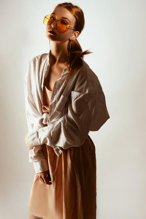 women showing her fashion nova 2019